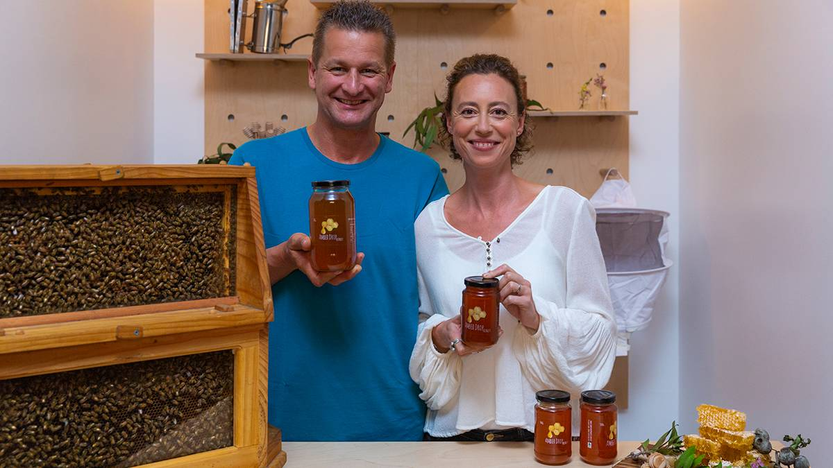 It's been a big year for honey - a recent report found 20 percent of Australian honey isn't pure - so Sven Stephan and Ana Martin, of Amber Drop Honey, are focusing on creating 100 percent Australian, pure, untreated honey.