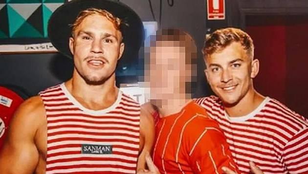 On night of pub crawl, Jack de Belin was a bad boyfriend but not a rapist, jury told