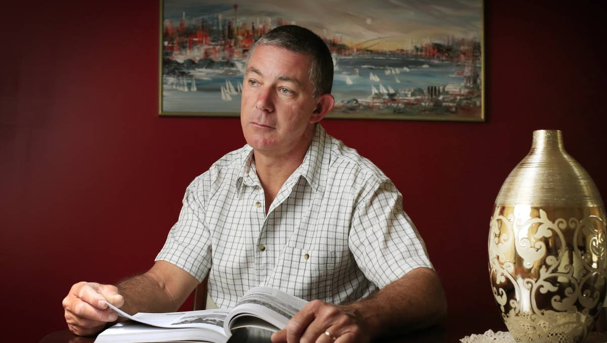 Apology issued to top cop as Peter Fox's book pulled from shelves after defamation case
